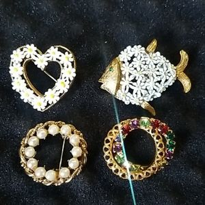4 Beautiful Vintage LJM Handpainted Gold Brooches